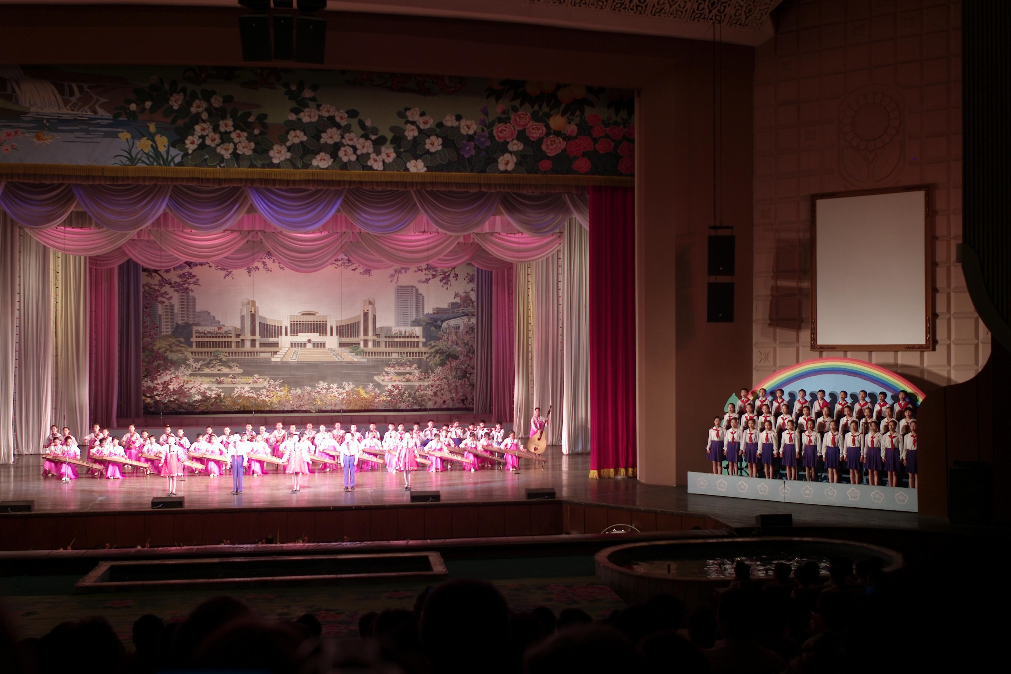 Kunst , cultuur  en architectuurreis noord korea   rothsparktravel
